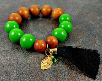 Wood Bracelet, Tassel Bracelet, Green, Statement Bracelet, Boho Bracelet, Bohemian, Chunky Bracelet, Big Bracelet, Beaded Bracelet, Stretch