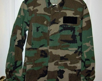 Vintage Camouflage Light Field Jacket US Military Small Short Only 10 USD