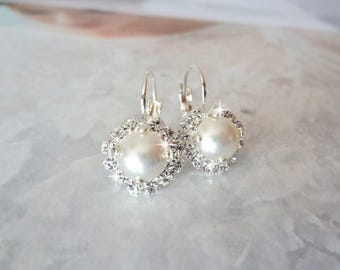 Pearl earrings, Swarovski pearl earrings, Pearl and crystal earrings, Halo pearl earring, Brides pearl earrings, Leaver back earrings,SOPHIA