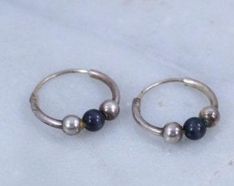 Vintage '90s Grunge Sterling Silver and Black Cat-Eye Beads Tiny sleeper Hoop Earrings