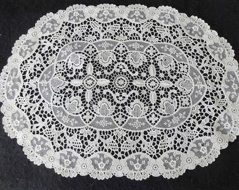 Vintage Lace Table Mat Doily - Oval
