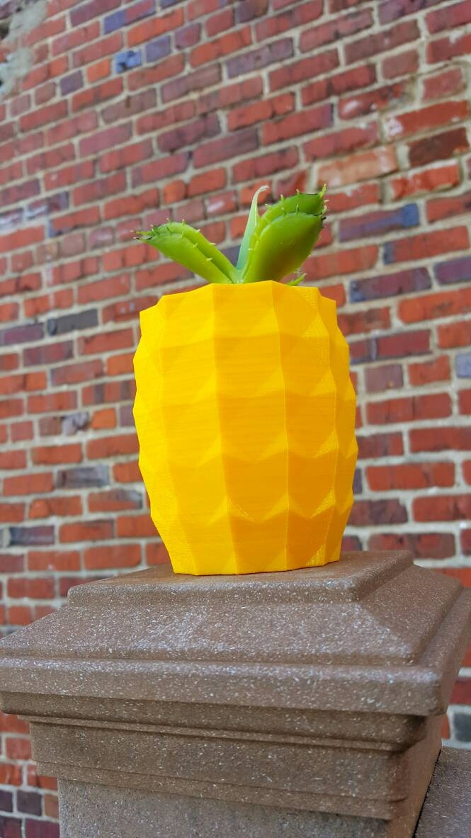 3d printed pineapple indoor outdoor planter kitschy decor for Pineapple outdoor decor