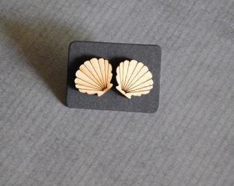 Clam Shell Studs : Seashell Wood Laser Earrings