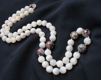 Vintage Mother of Pearl & Cloisonne Bead Necklace / Filigree Clasp / Jewelry / Jewellery