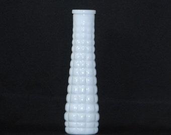 Vintage White Milk Glass Vase, Bud Vase EO Brody Milk Glass Quilted Vase,1960s, White Vase, Flower Vase, Vintage Milk Glass, Milk Glass Vase