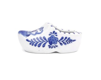 Vintage Delft Blue Shoe Ashtray Made in Holland Blue and White Porcelain Pottery Planter Hand Painted Clog Dutch Windmill Floral Design