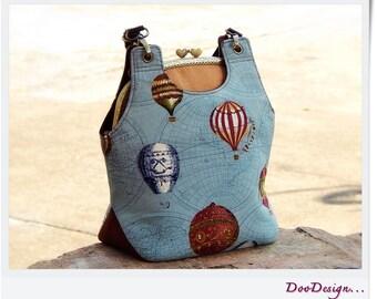 Shoulder bag / Metal frame bag / Kiss lock shoulder bag