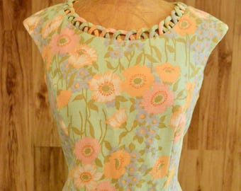 1960s Spring Sheath Dress, Sixties Floral Dress w/ Scalloped Neckline & Hem, Coral Mint Blue Orange White Pink Flower Dress, Floral Sheath