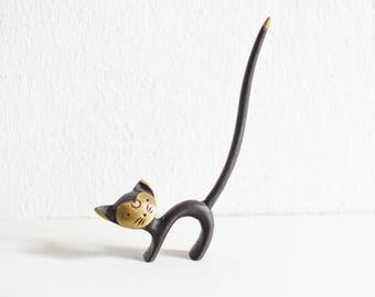 Brass cat ring holder, brass ring holder, cat ring holder, ring holder whimsical, cat gift Ref: 693