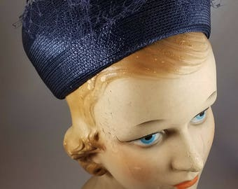 Vintage 1950s Ladies Navy Blue Hat With Veil