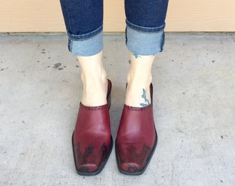 Vintage 90's Red Burgundy Leather Two Tone Slip On Chunky Heel Mules // Women's size 6 6.5