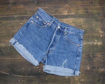 Levi Strauss High Waisted Shorts W28
