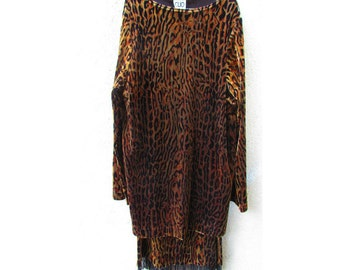 Leopard Top and Skirt Set, Wild Animal Print, Faux Velvet, Black Beaded Fringes, Long Sleeve, Elastic Waist, Made in USA, Sz M Medium 8-10