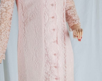 1960s Toni Todd dress. Pink lace, flower buttons w/ rhinestone center, lined, feminine, Slim fit,