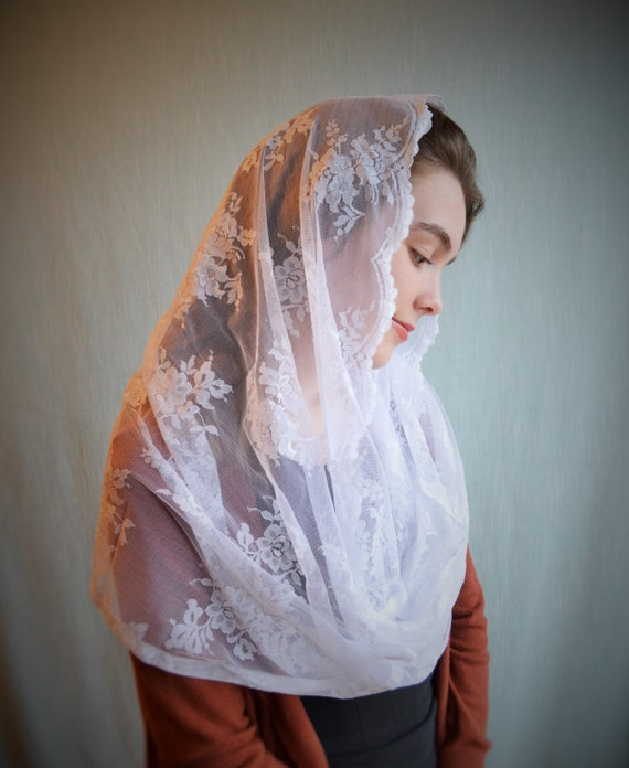 Traditional Catholic Infinity White Catholic Chapel Veil | Catholic Mantilla Veils for Mass Robin Nest Lane Mass Veils White Chapel Veil
