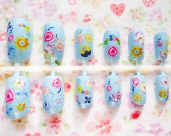 Kawaii Flower Fake Nails, Acrylic Nails, False Nails, Press on Nails, Light Blue, Flowers, Cute Nails/ Nail Art