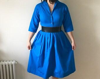 """1950s Cerulean Blue Cotton Button Front Shirtwaist Dress Small 26"""" Waist"""