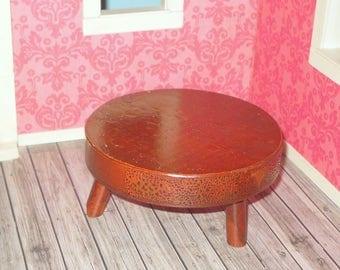 Miniature dollhouse retro round shaped large coffee table