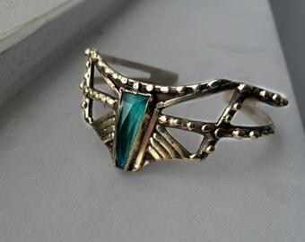The Arrow cuff - faceted Chrysocolla stone cuff in bronze