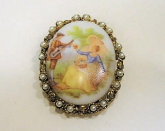 Simulated Pearl Gold Tone Brooch Painted Milkglass Vintage Costume Jewelry