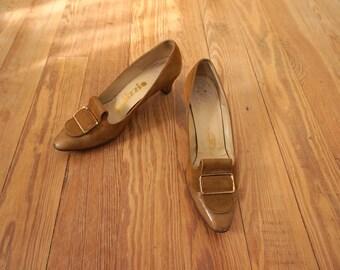 Vintage Cappucino Brown Suede Leather Women Heels Size 6.5 AAA
