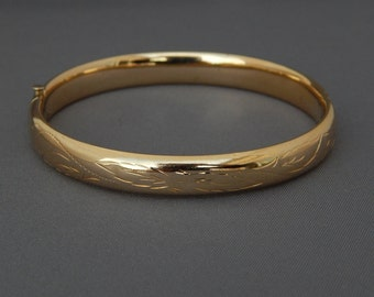 Vintage 14K Gold Hinged Bangle Bracelet H.F.B., 14K H.F. Barrows Yellow Gold Bracelet Etched Floral Designs, Fine Estate Jewelry