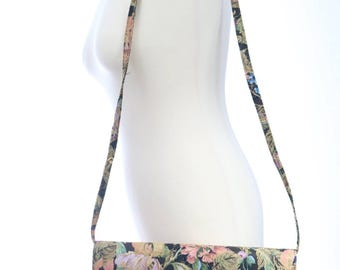 Vintage 1980s Floral Timothy Hitsman Shoulderbag Purse/ Spring summer purse/ May flowers/vintage shoulderbag/ floral carpetbag