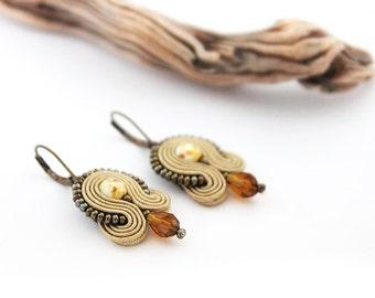 Small light brown earrings, small beige earrings, soutache brown earrings, brown drop earrings, soutache jewelry, small brown earrings
