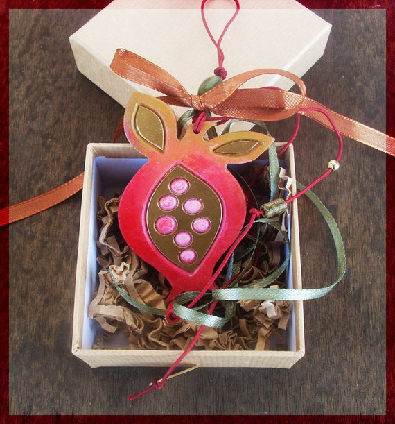 Lucky Charm / WOODEN POMEGRANATE Lucky Charm
