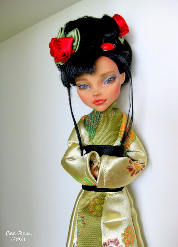 Bee Real Dolls, Asian doll, Kimono dress,  Monster High re-paint, OOAK doll, customised, Aimi