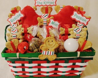Customized treat gift baskets for dogs cats & by TreatWorthyPet