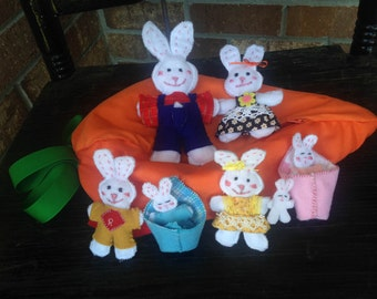 Family of Rabbits in Zippered Carrot