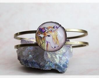 Unicorn Bracelet, Unicorn Bangle, Cabochon Bracelet, Jewelry Gifts, Bronze Bangle, Antique Bronze Jewelry, Gifts for her, Bangle Bracelet
