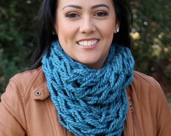 Knit Infinity Scarf - Knit Scarf - Chunky Knit Scarf - Infinity Scarf - Chunky Infinity Scarf - Turquoise Scarf - Knitted Scarf