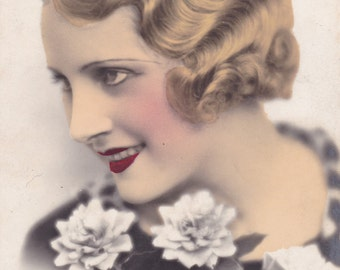 Art Deco French Postcard - Beautiful Blonde Lady - Glamour - Flapper