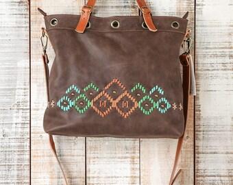 Handmade Leather Bag, Cross body bag, Designer Leather Bag, Medium size crossbody, Handbags for her, convertible leather bag