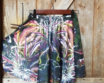 Festival Skirt, Womens Fairy Skirt, Cannabis Skirt, Marijuanna Clothing, Running skirt, Rave Skirt, Clubwear For Women, Womens Short Skirt