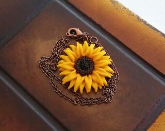 Sunflower charm necklace handmade from polymer clay, sunflower jewelry, yellow flower charm necklace, sunflower pendant, boho jewelry