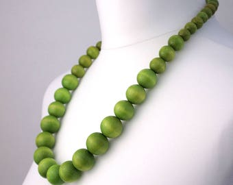 Long Green Wooden Bead Necklace | Chunky Green Necklace | Long Green Necklace