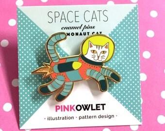 Cosmonaut Cat Enamel Pin
