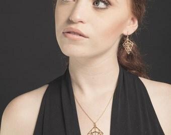 Da Vinci Necklace, Diamond Necklace, Science Necklace, Vitruvian Man Pendant, Gift Necklace, Sacred Geometry Jewelry, Architecture Jewelry