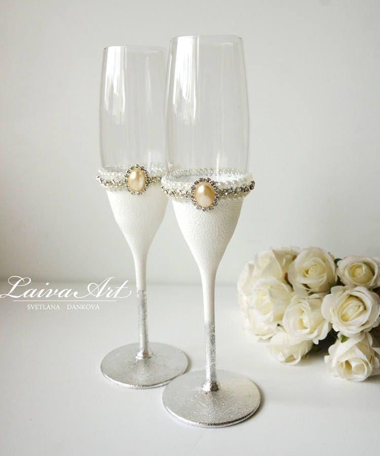 Silver wedding champagne flutes wedding champagne glasses for Wedding champagne flutes