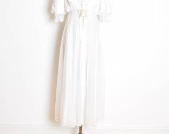vintage 80s nightie, nightgown set, white nightgown, peignoir robe set, wedding nightgown, empire waist, white satin chiffon, 80s lingerie