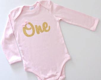READY TO POST 1st Birthday Gold Glitter 'One' Pink Onesie / Bodysuit with Bow | 1st Birthday Party, Cake Smash Outfit | Long Sleeve Winter