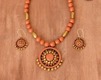 Terracotta jewelry - Indian jewelry - Polymer clay jewelry - Ethnic jewelry - Clay jewelry - Bollywood jewelry - Orange gold necklace set