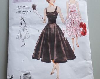 Vogue Vintage Model Pattern Original 1952 Design V2902