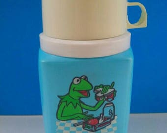 Vintage Kermit The Frog Thermos, The Muppets, Retro Thermos, Drink Carrier, Vintage, Muppet, Kermit The Frog, 1980s.