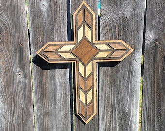 Cross / Feathered cross- Brown and oak