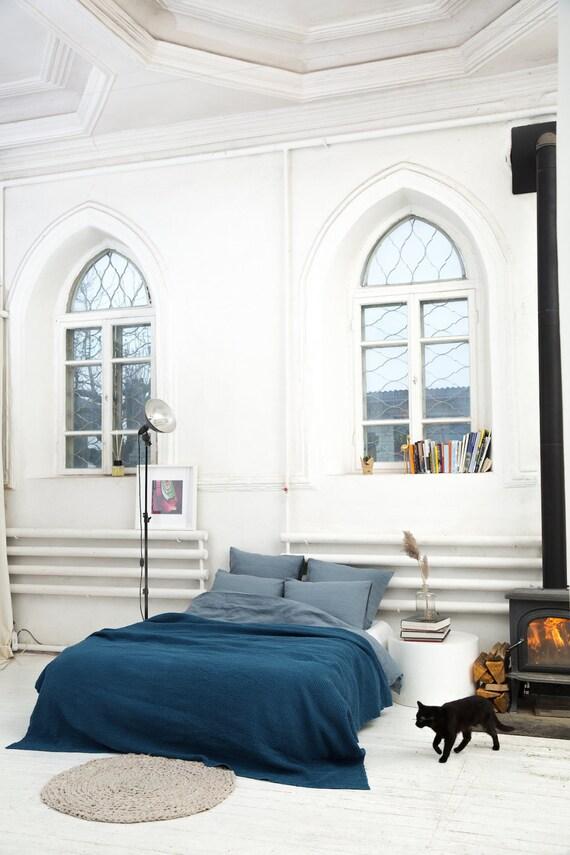 jet de lit lin bleu marine couverture couverture de lit en. Black Bedroom Furniture Sets. Home Design Ideas