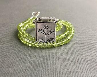 Green Peridot Hill Tribe Silver Necklace, Framed Flower Pendant, Sundance Style Jewelry, Peridot Choker, Gemstone Necklace August Birthstone